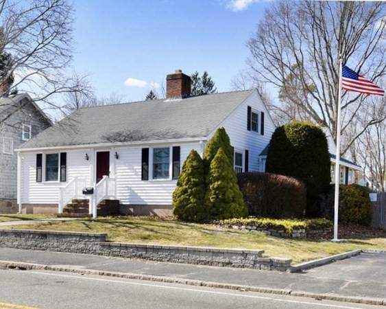 45 Oak St, Brockton, MA 02301 (MLS #72804479) :: DNA Realty Group