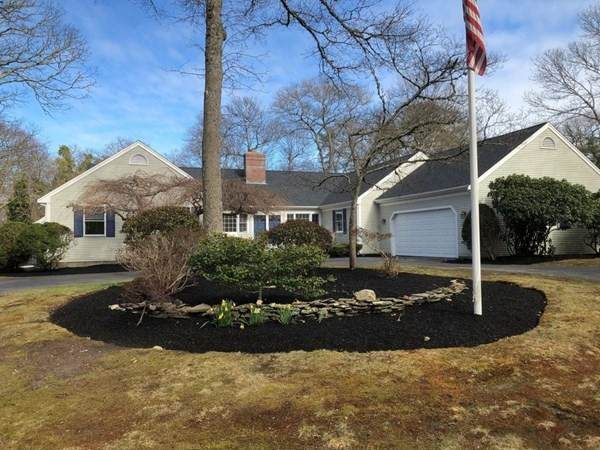 133 Dromoland Lane, Barnstable, MA 02630 (MLS #72812958) :: Team Roso-RE/MAX Vantage