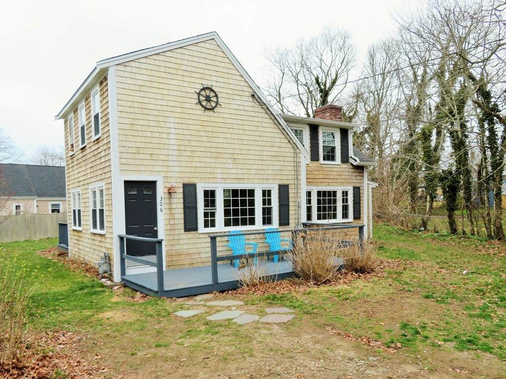 306 Oak Neck Rd - Photo 1