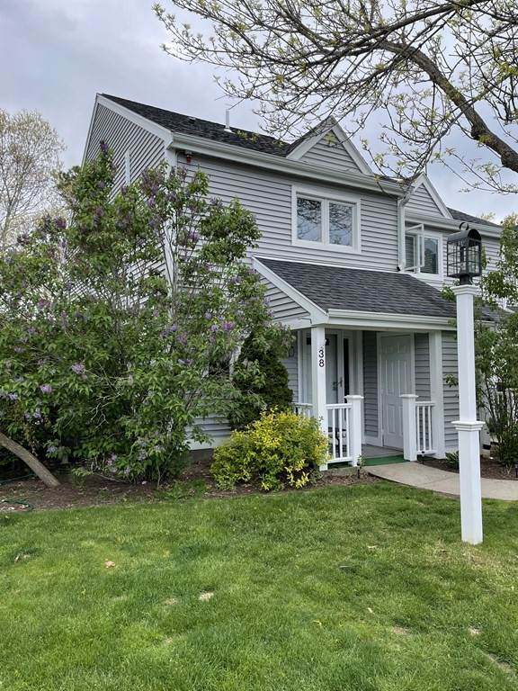 38 Westcliff Dr #38, Plymouth, MA 02360 (MLS #72828005) :: Spectrum Real Estate Consultants
