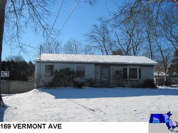 169 Vermont Avenue, Somerset, MA 02726 (MLS #72831908) :: revolv