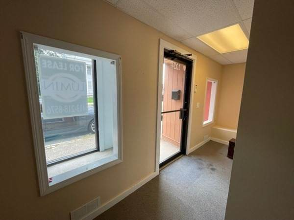 1024 Central St - Photo 1