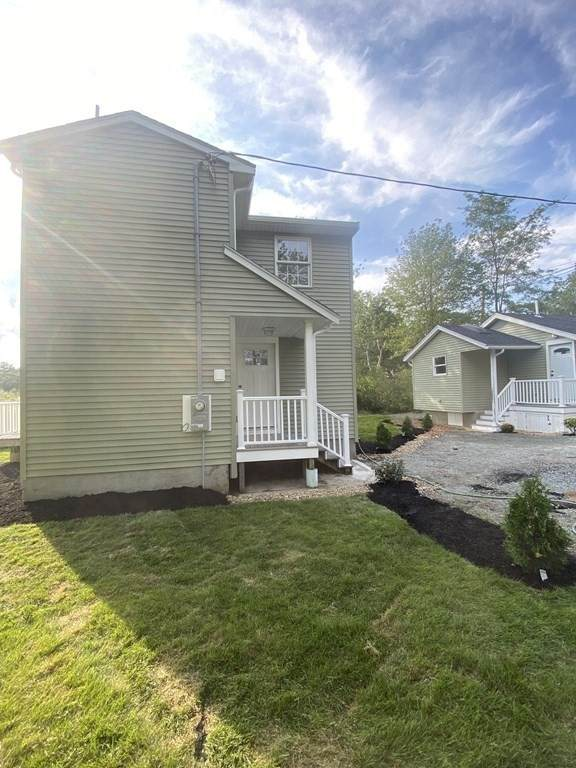 70 Burroughs Rd B, North Reading, MA 01864 (MLS #72856614) :: Home And Key Real Estate