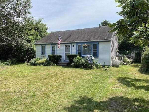 1 Pony Ln, Sandwich, MA 02644 (MLS #72863746) :: Cape Cod and Islands Beach Properties