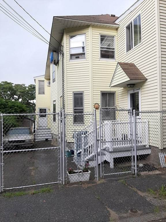 33-35 Floral St, Lawrence, MA 01841 (MLS #72873829) :: The Seyboth Team
