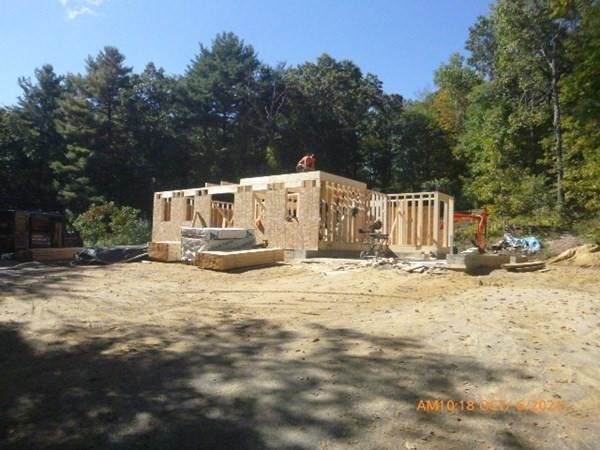 89 Peterson Rd - Photo 1