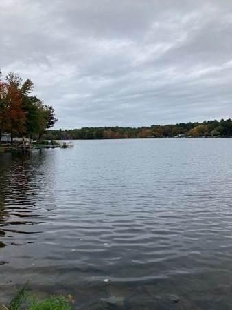 126 Lakeshore Dr - Photo 1