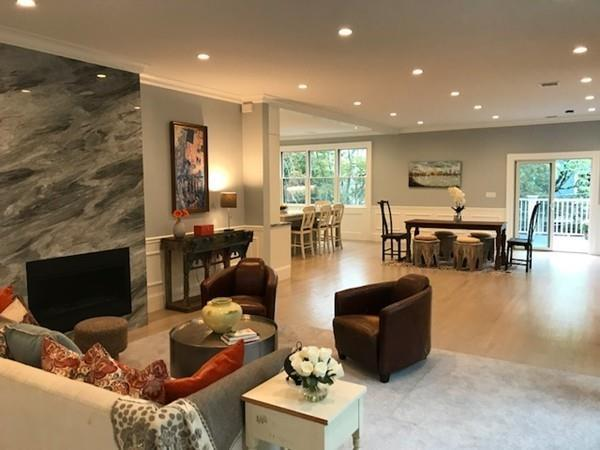 140 Thorndike Street #2, Brookline, MA 02446 (MLS #72224745) :: Goodrich Residential