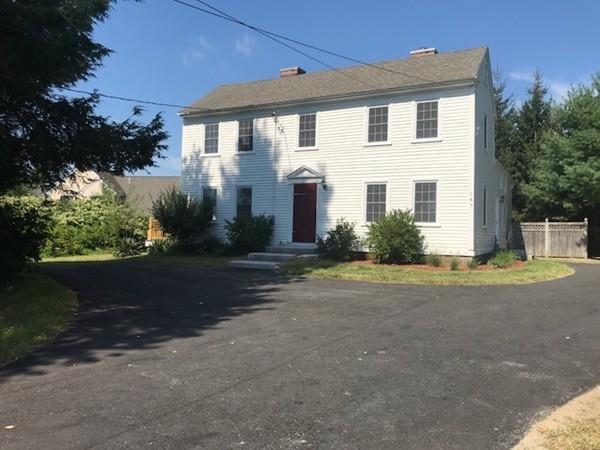 147 Robin Hill Road, Chelmsford, MA 01824 (MLS #72295666) :: Compass Massachusetts LLC