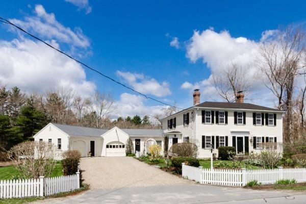 595 New Bedford Rd, Rochester, MA 02770 (MLS #72320075) :: Vanguard Realty