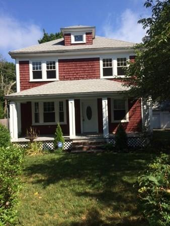 336 County Rd, Bourne, MA 02532 (MLS #72330392) :: Apple Country Team of Keller Williams Realty
