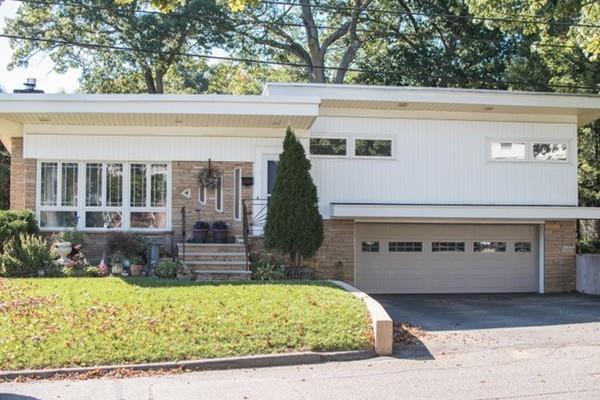 42 Columbia Road, Arlington, MA 02474 (MLS #72412525) :: EdVantage Home Group