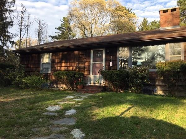 5 Dwight Ave, Plymouth, MA 02360 (MLS #72496189) :: Apple Country Team of Keller Williams Realty
