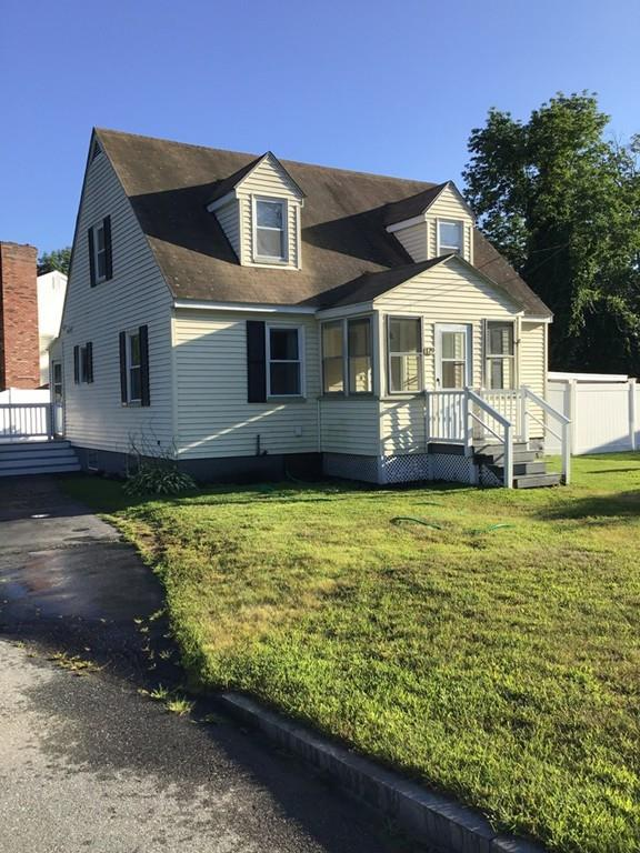 179 Lakeview Ave, Tyngsborough, MA 01879 (MLS #72545404) :: Trust Realty One