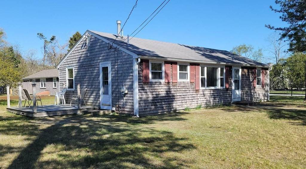 28 Theater Colony Rd - Photo 1