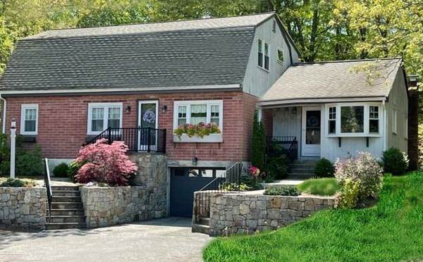1520 Liberty, Braintree, MA 02184 (MLS #72836890) :: Anytime Realty