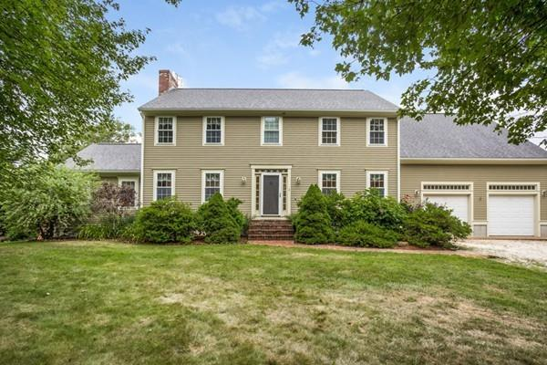 2 Glen Road, Westport, MA 02790 (MLS #72375582) :: Compass Massachusetts LLC