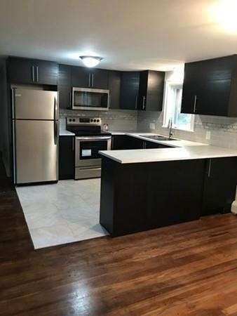 5 West St, Pembroke, MA 02359 (MLS #72384352) :: Local Property Shop