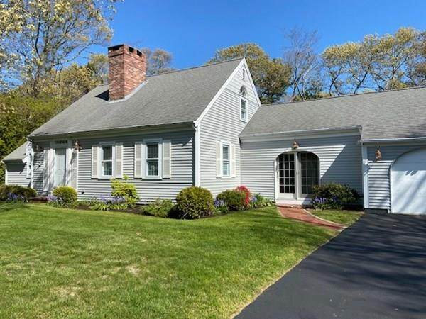 8 Simmons Pond Circle, Barnstable, MA 02601 (MLS #72622257) :: The Seyboth Team