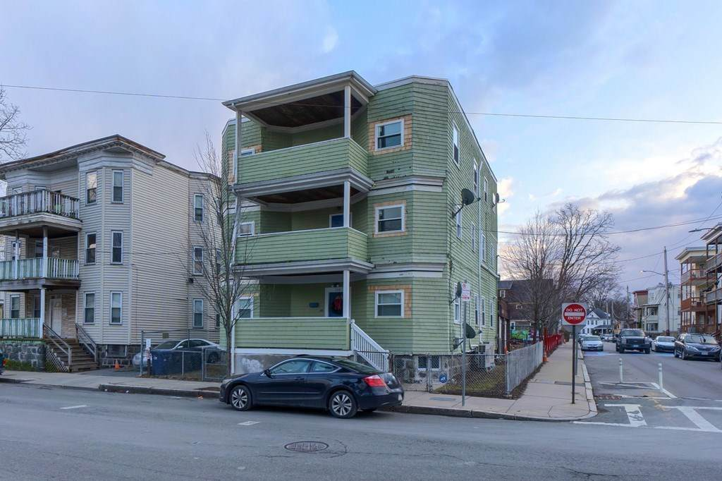 108 Southern Ave - Photo 1
