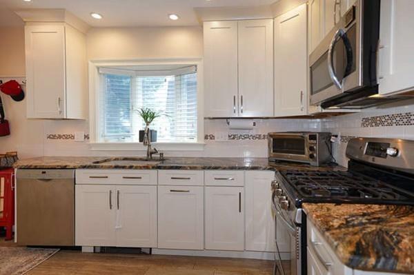 38 Edgemere Road, Boston, MA 02132 (MLS #72379424) :: Vanguard Realty