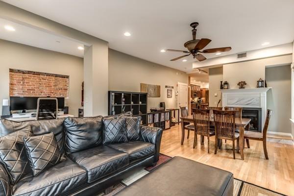 53 Corey St 2S, Everett, MA 02149 (MLS #72404903) :: Welchman Real Estate Group | Keller Williams Luxury International Division
