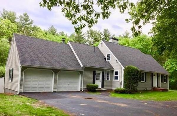 920 Johnson St, North Andover, MA 01845 (MLS #72481965) :: DNA Realty Group