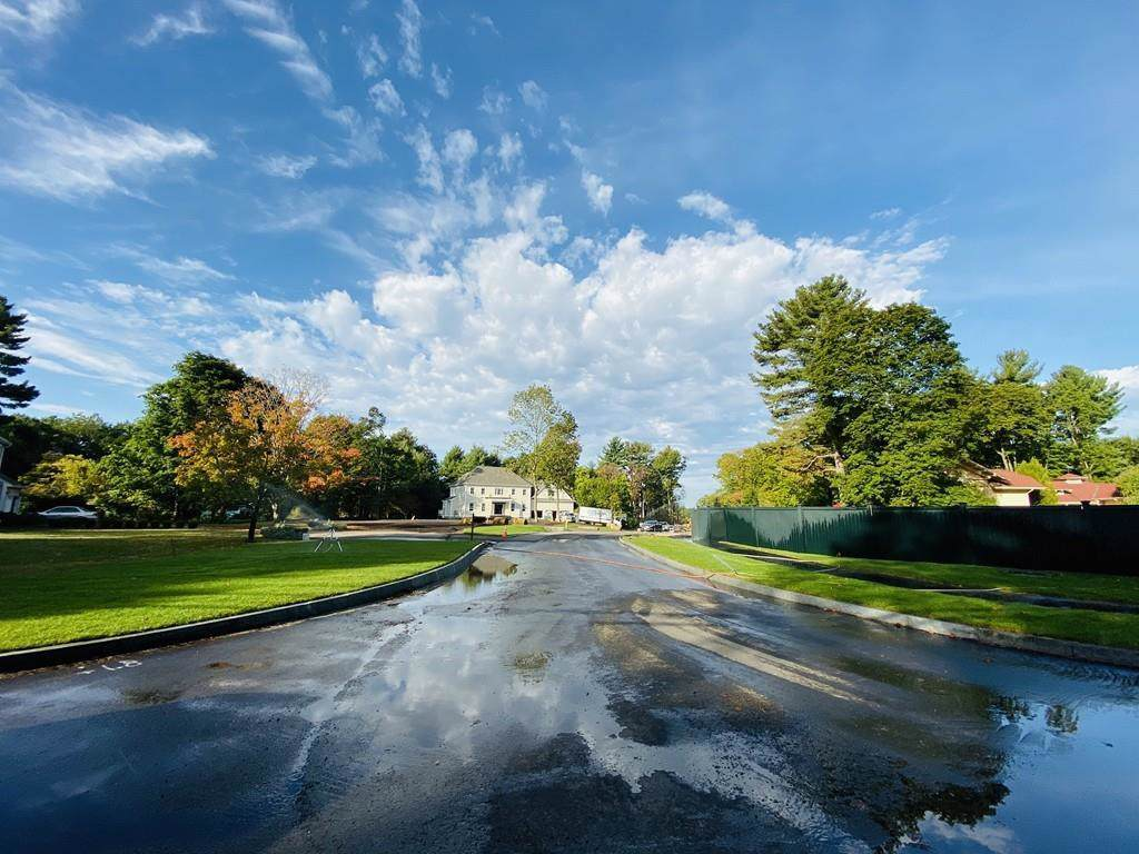 25 Hedgerow Lane - Photo 1