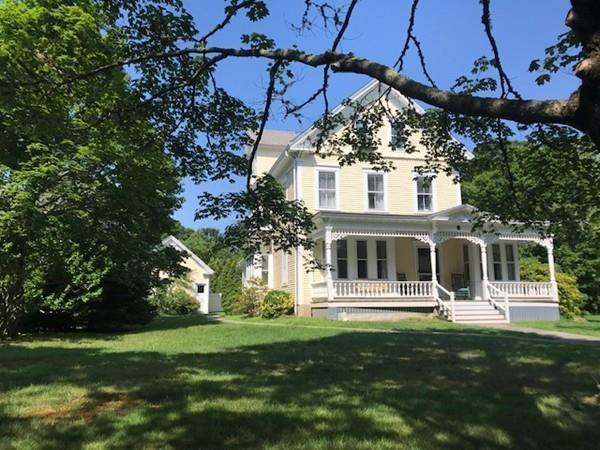 10 Pleasant Street, Marion, MA 02738 (MLS #72415669) :: DNA Realty Group