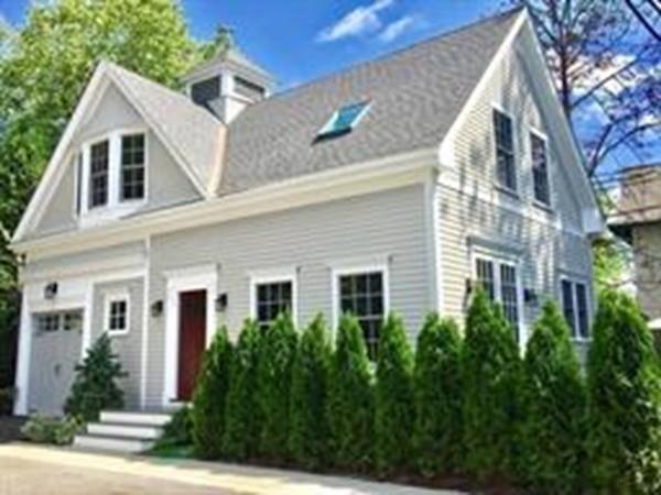 195-197 Babcock St #3, Brookline, MA 02446 (MLS #72297465) :: Goodrich Residential