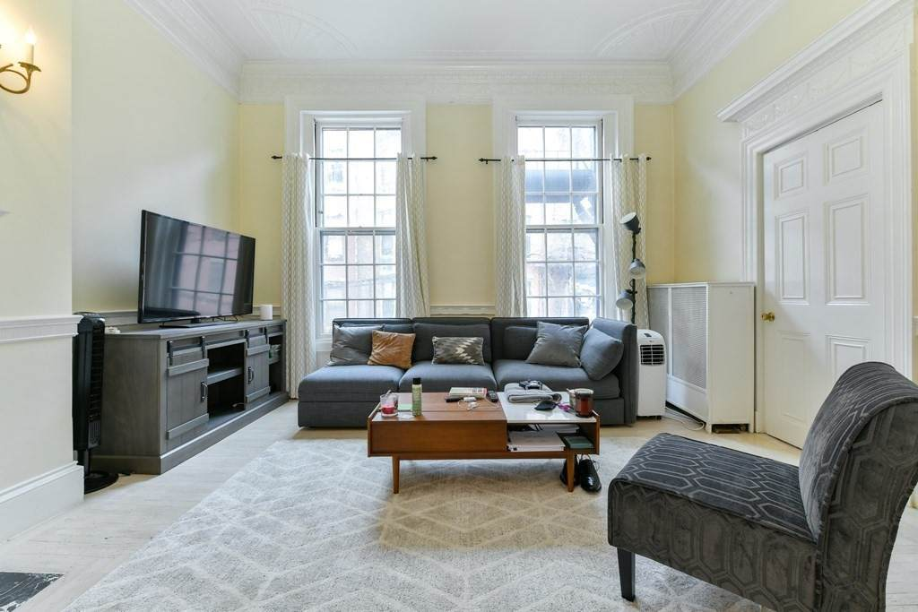 61 Marlborough Street - Photo 1