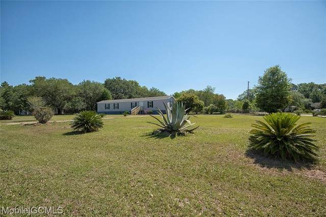 11071 Lakeside Circle, Grand Bay, AL 36541 (MLS #642215) :: Berkshire Hathaway HomeServices - Cooper & Co. Inc., REALTORS®