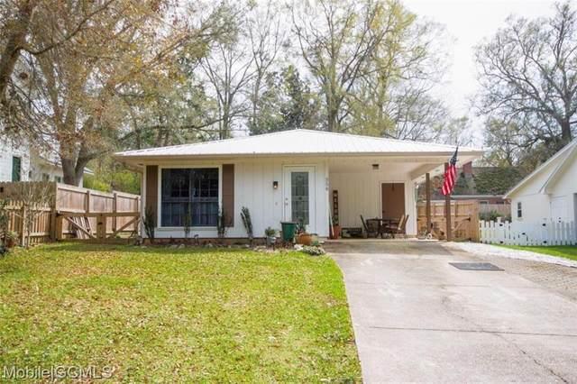 558 Bellangee Avenue, Fairhope, AL 36532 (MLS #650107) :: Elite Real Estate Solutions