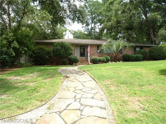 501 Lake Forest Boulevard, Daphne, AL 36526 (MLS #655134) :: Elite Real Estate Solutions