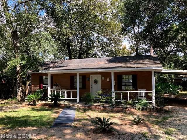 6325 Lake Victoria Drive, Theodore, AL 36582 (MLS #658133) :: Berkshire Hathaway HomeServices - Cooper & Co. Inc., REALTORS®