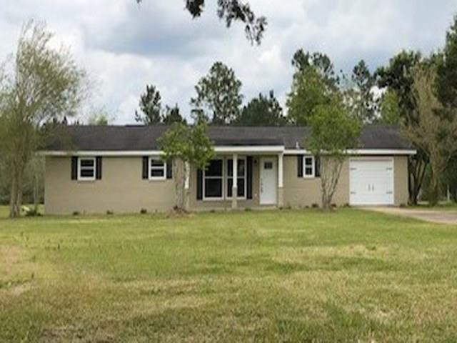25749 Highway 90, Robertsdale, AL 36567 (MLS #625613) :: Jason Will Real Estate