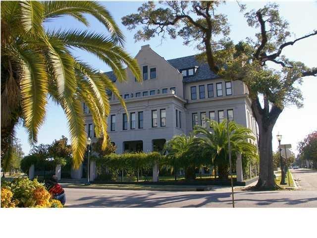 753 St Francis Street 1004A, Mobile, AL 36602 (MLS #629501) :: Berkshire Hathaway HomeServices - Cooper & Co. Inc., REALTORS®