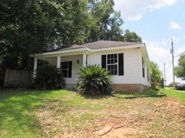 1000 Dickenson Avenue, Mobile, AL 36609 (MLS #635441) :: Berkshire Hathaway HomeServices - Cooper & Co. Inc., REALTORS®