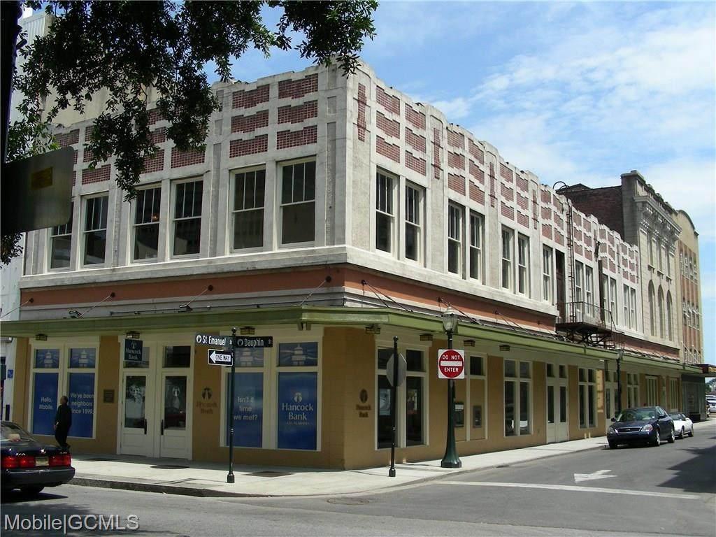 7 St Emanuel Street - Photo 1