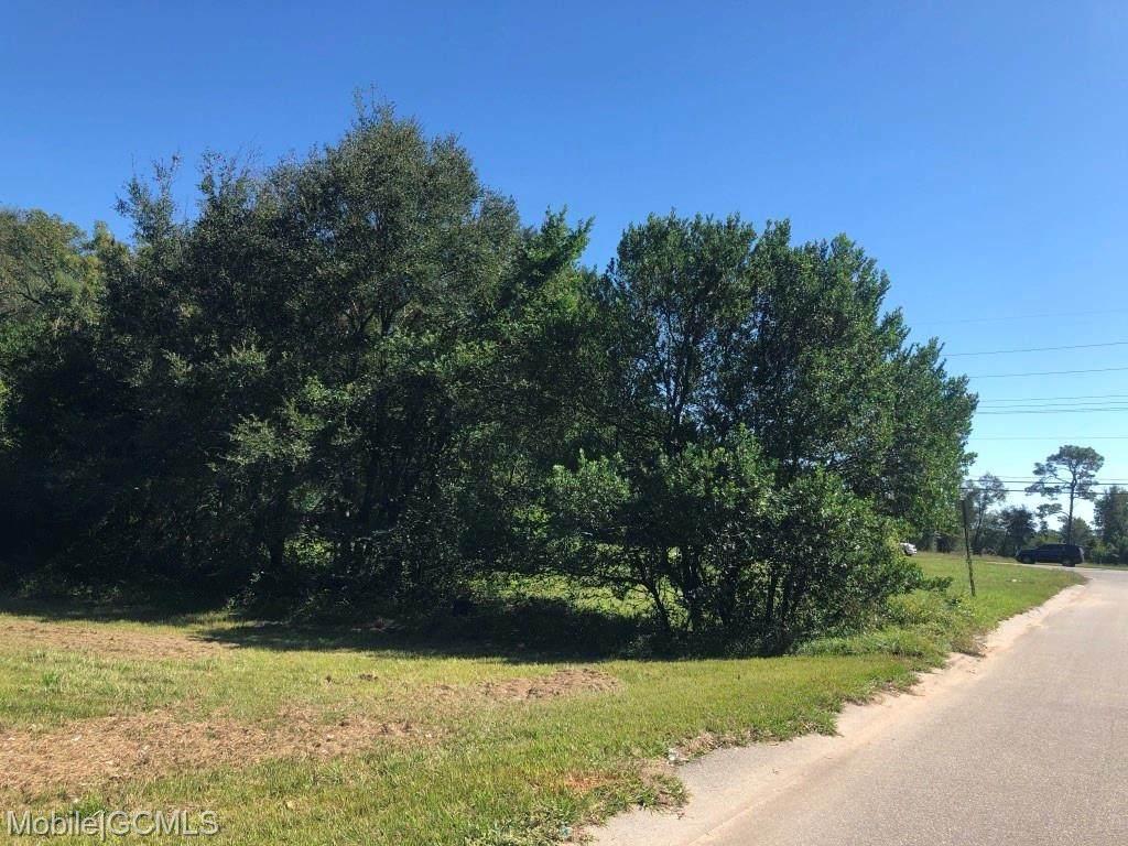 1510 Northview Drive - Photo 1