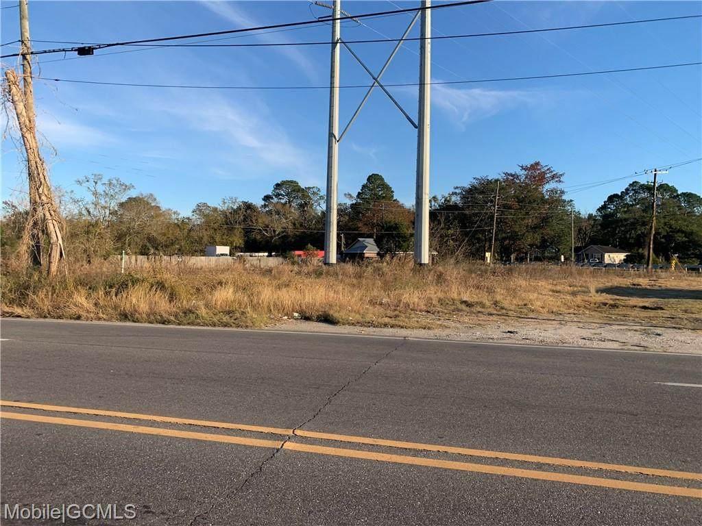 855 Holcombe Avenue - Photo 1