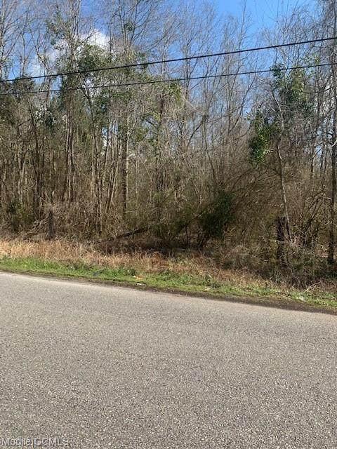 3 Dykes Road #3, Eight Mile, AL 36613 (MLS #649393) :: Elite Real Estate Solutions