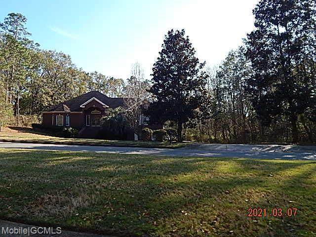 9450 Timbercreek Boulevard, Daphne, AL 36527 (MLS #649817) :: Elite Real Estate Solutions