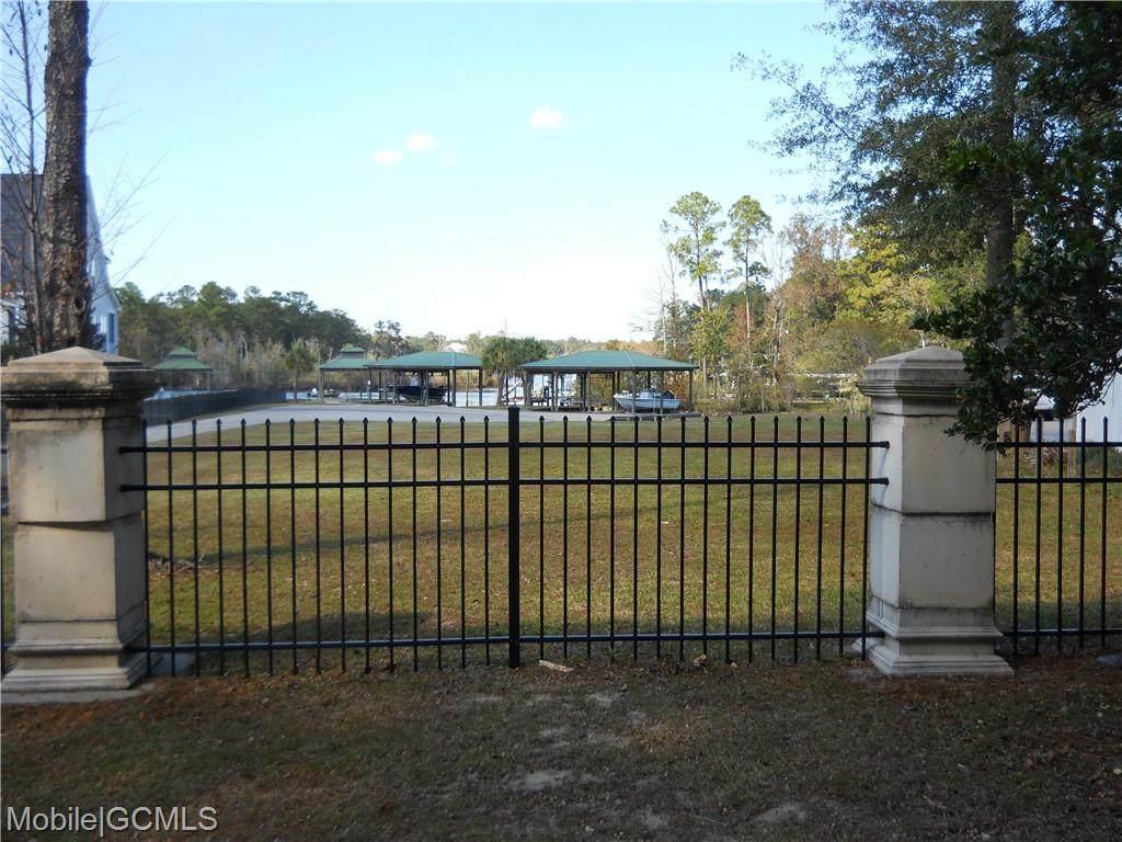 5620 Gulf Creek Circle - Photo 1