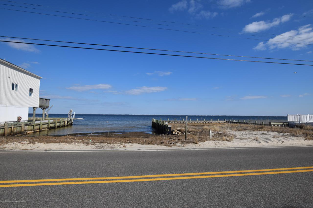 363 Bay Shore Drive - Photo 1