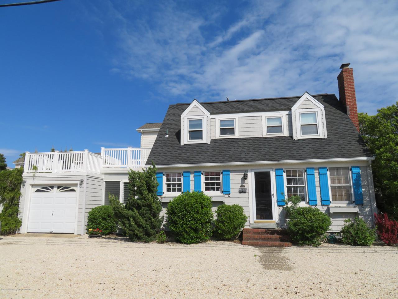 12711 Beach Avenue - Photo 1