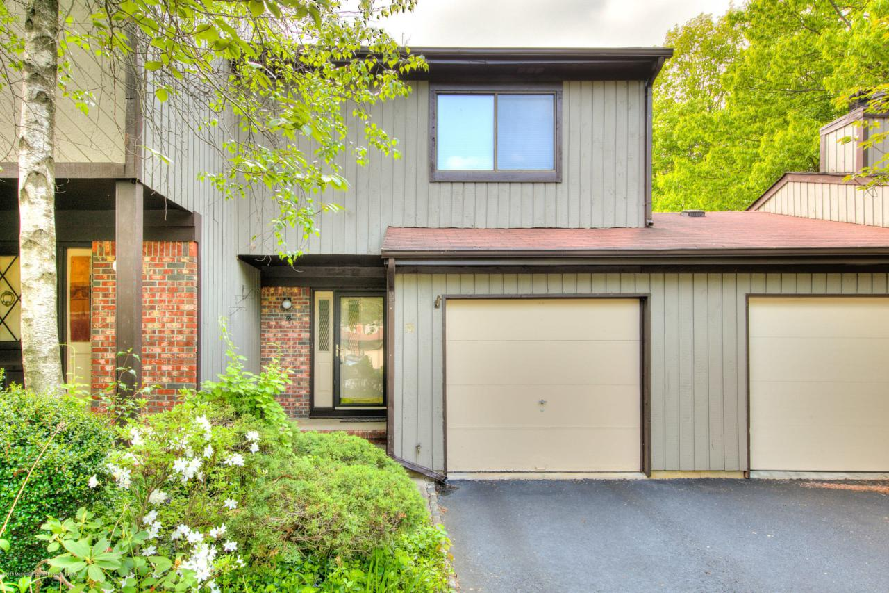 55 Laurie Court - Photo 1