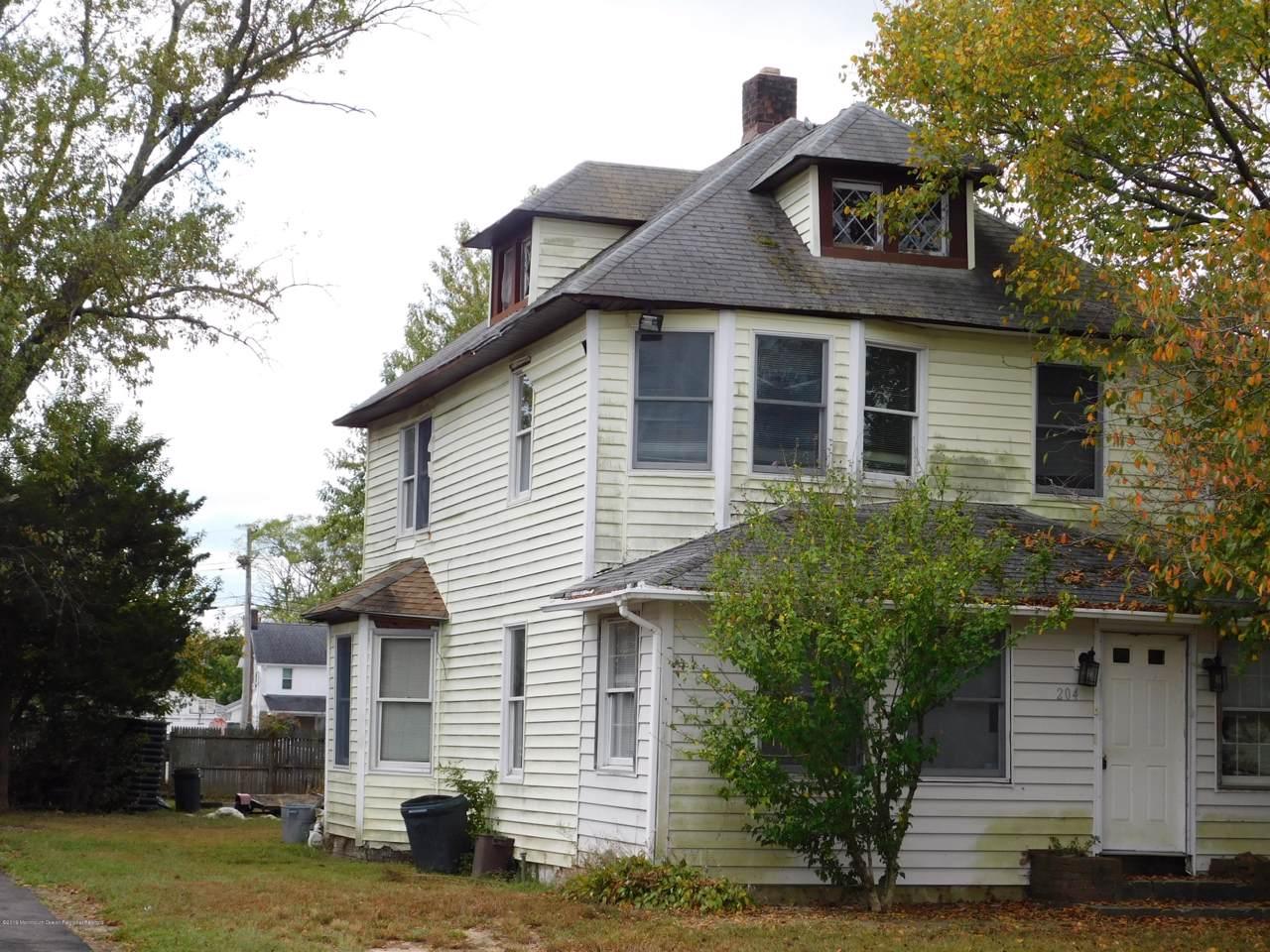 204 Cedar Street - Photo 1