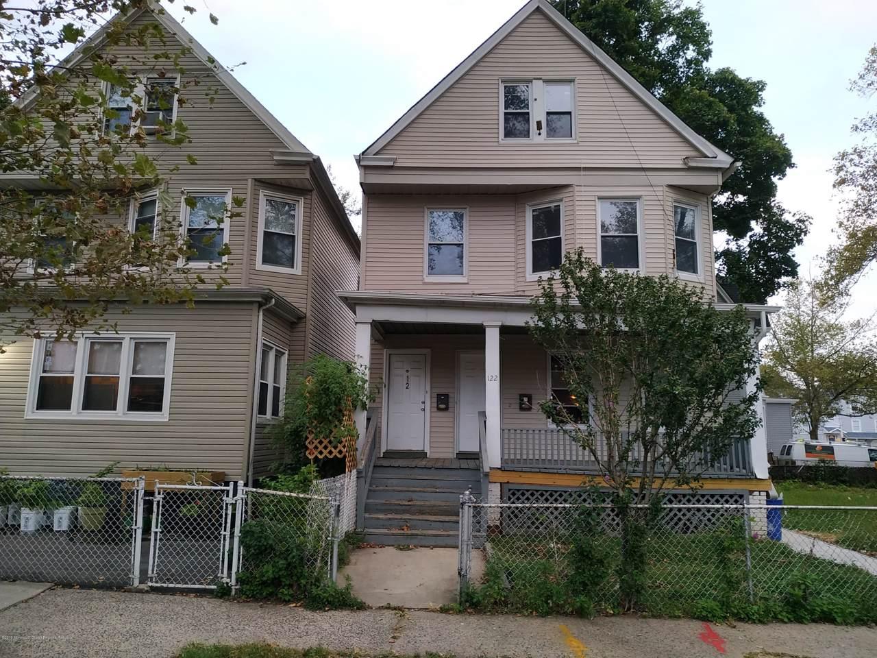 122 Greenwood Avenue - Photo 1