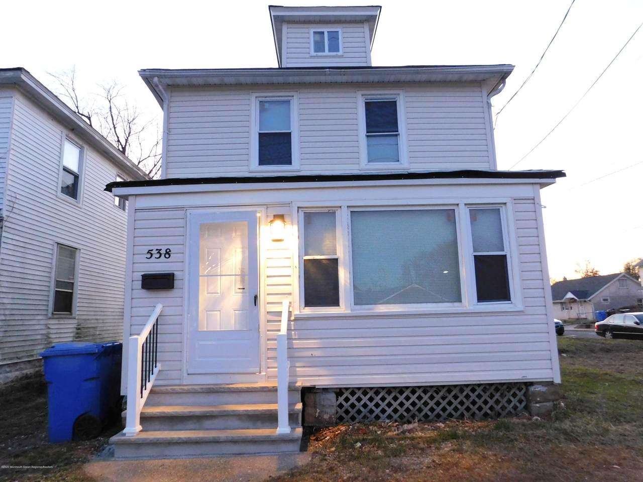 538 Shrewsbury Avenue - Photo 1